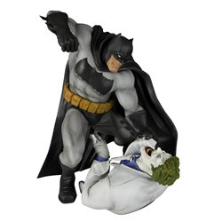 BATMAN Y JOKER ESTATUA 30 CM THE DARK KNIGHT RETURNS BATMAN HUNT THE DARK KNIGHT ARTFX
